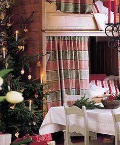 kotiesittely 12/2004 Bed Nook, Tallit, Finland, Valance Curtains, Decor Ideas, Homes, Seasons, Summer, Christmas