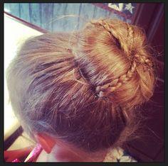 Bun w mini braids