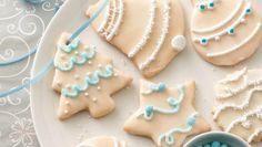 Use this traditional icing recipe on your favorite holiday cookies.