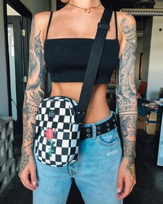 24c12febbfc 624 Best Accessories images in 2019   Belly pouch, Fanny Pack, Hip bag