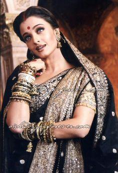 Aishwariya Rai bengali saree, Devdas...possible looks for your dhira gaman/phira jatra