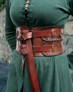 This wide leather belt goes well with elves, wood elves and gentlemen, who prefer a fighting directi Wide Leather Belt, Leather Corset, Leather Belts, Tee Dress, Belted Dress, Larp, Concept Clothing, Viking Garb, Corset Belt