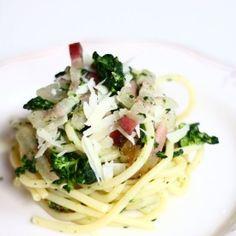 Spaghettoni con broccoli, guanciale e pecorino. Condivisa da: http://mariintkitchen.blogspot.it/
