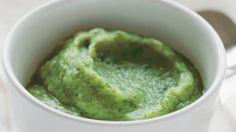 Ricotta se špenátem: spařte baby špenát v páře, dokud nezměkne. Poté jej rozmixujte s trochou ricotty.
