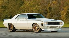 American Muscle Cars… Custom 1969 Chevrolet Camaro