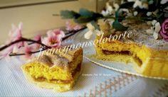 La Crostata Doppio Impasto   Ricetta Dolce è composta da uno strato friabile di frolla, un ripieno di confettura e una copertura di pan di spagna.
