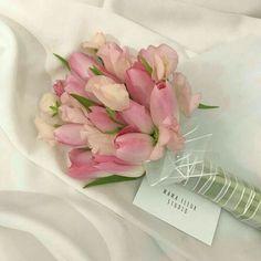 Beautiful Bouquet Of Flowers, My Flower, Beautiful Flowers, Pink Flowers, Pink Tulips, Flower Aesthetic, Pink Aesthetic, Aesthetic Style, Plants Are Friends