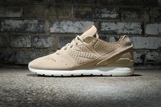 """After surfacing last week in a tonal sage colorway, New Balance's deconstructed take on the 996 -- dubbed the """"696 Reengineered"""" -- has popped up in a couple of additional make-ups. Like the aforement..."""
