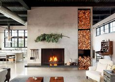 Wohnzimmer im Landhausstil gestalten - Kamin als Raumteiler