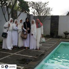 #Repost @prolita    Pengajian pra nikah dita..