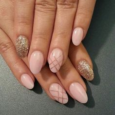 Light pink and gold glitter nailart...like the criss cross....how did they do that?
