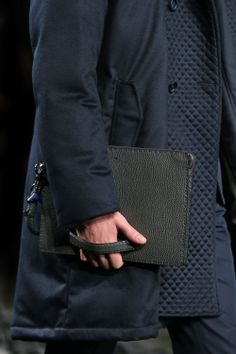 Fashion Show Gallery - Look 33 - Men's Fall/Winter 2014-15 Collection   Fendi