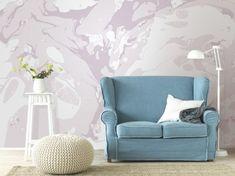 """Tapete """"Marble"""", rosé – Achtung: Frisch gestri…- äh – gekleckst! Aber keine Angst, hier bleibt alles am rechten Fleck. Denn dieses tolle Digitaldruckmotiv wirkt wie ein Blick in den Farbeimer. Hier erstrecken sich auf 372 cm Breite und 280 cm Höhe ineinander verlaufende Farben, die sich ihre ganz eigenen Wege suchen. Zartes Mauve, mattes Weiß und pastelliges Rosa fügen sich zu einem Gebilde, das in jede moderne Wohnung passt und einer Wand Ihres Raumes so einen echten Hingucker schenkt."""