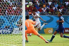 Un'Italia irriconoscibile. Così è stata definita la squadra della nostra nazionale in campo nella partita contro il Costa Rica.