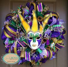 Mardi Gras Mesh Wreath with Ceramic Mask by Jennifer Boyd Designs.  www.facebook.com/JenniferBoydDesigns www.etsy.com/shop/JenniferBoydDesigns