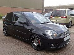 Complete gallery of cars models. Rating by years for seekig cars made since 1900 and breathtaking photos. Ford Fiesta Zetec S, Ford Focus 2005, Car Makes, First Car, Modified Cars, Motor Car, Cars And Motorcycles, Motors, Dream Cars