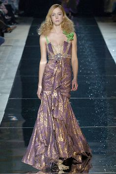 Christian Lacroix | Fall 2005 Ready-to-Wear Collection | Style.com