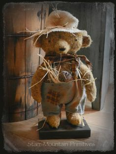 Scarecrow Teddy Bear https://www.facebook.com/pages/Starr-Mountain-Primitives/228548684018?ref=bookmarks