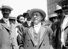 Samuel Gompers, President of the American Federation of Labor, 1908 (Library of Congress)