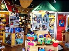 Storybook Village | The 14 Absolute Best U.S. Kids' Bookstores (As Chosen By Teachers)