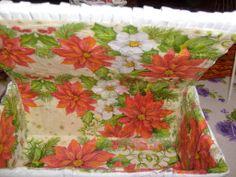 Saját munka/my own works_Fehér virágmintás doboz belseje. Papírfonás Paper weaving