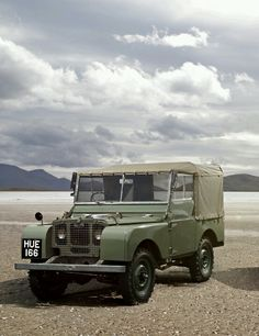 Modern Hepburn - Land Rover Series I Defender 90, Land Rover Defender, Land Rover Serie 1, Land Rover Off Road, Best 4x4, Land Cruiser, Offroad, Cool Cars, Dream Cars