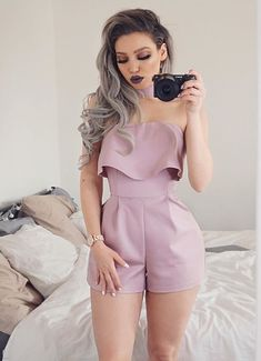 This stunning playsuit from is life! Loving this color and design, isn't it so cute? Summer Outfits, Casual Outfits, Look Chic, African Fashion, Casual Chic, Spring Summer Fashion, Cute Dresses, Ideias Fashion, Womens Fashion