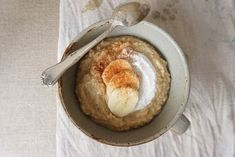 Banana Cinnamon Oatmeal [AIP] - Healing Family Eats