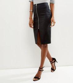 Black Dogtooth Bengaline Pencil Skirt    New Look