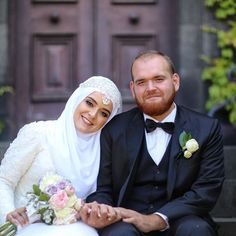 A huge congratulations to our beautiful Lahza bride and groom Seyhan and Mahmut celebrating their marriage on this gorgeous Melbourne summers day. Mashallah may your marriage be blessed and full of baraka.  Photography and videography: @lahzaphotography  MUA: @didemtek Hijab styling: @blkpearlbridalstudio  #weddingday #lahzaphotography #lahza #lahzawedding #turkishwedding #melbournewedding #melbourneweddingphotography #brideandgroom #beautifulbride #hijabibride #hijabstyle #hijabbridestyle…