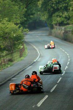 Isle Of Man TT Conker Fields with Richard Mushet Racing Motorcycles, Vintage Motorcycles, Side Car, Conkers, Moto Bike, Super Bikes, Street Bikes, Road Racing, Courses