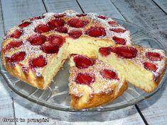 Proste ciasto jogurtowe z truskawkami Polish Desserts, Polish Recipes, Polish Food, Cake Recipes, Snack Recipes, Cooking Recipes, Snacks, Waffles, French Toast