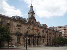 Ayuntamiento de Torrelavega © Rutas por Cantabria y Picos de Europa