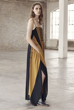 Maiyet - Resort 2016 - Look 19 of 26?url=http://www.style.com/slideshows/fashion-shows/resort-2016/maiyet/collection/19