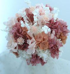 ブーケ スズランとクランベリー色 花のイヤリングとラリエット 神戸へ プリザーブド