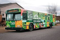 Grocery Store on Wheels in St. Louis - MetroMarket  ST. LOUIS, MO: (STL.News) - Not a new concept in St. Louis but newsworthy. St. Louis MetroMarket is a 501(c)(3) non-profit mobile farmers market has been in existence since the middle of 2016 and pl...
