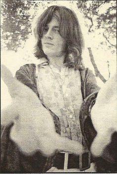John Paul Jones of Led Zeppelin Led Zeppelin Concert, Led Zeppelin Ii, Robert Plant Led Zeppelin, John Paul Jones, Jimmy Page, Great Bands, Cool Bands, Hard Rock, Amor Musical