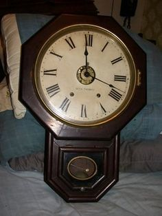 ANTIQUE SETH THOMAS 12 SCHOOLHOUSE OAK WALL CLOCK seth thomas