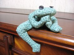 tuto couture grenouille pour mascotte de la classe