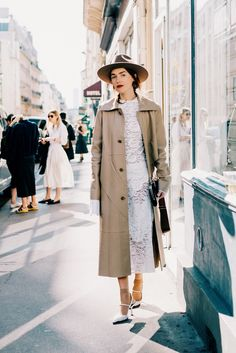 The Locals.dk in Paris | trench & ankle hose