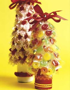 ~ Candy Trees ~ a small one with enough candy to count down to Christmas. An advent candy tree