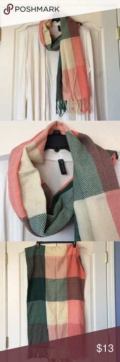Beautiful plaid blanket scarf Beautiful plaid blanket scarf. NWOT Accessories Scarves & Wraps