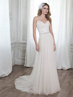 Popular Maggie Sottero PATIENCE This stunning tulle sheath wedding dress is accented with dainty lace