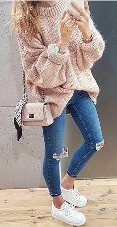 Look do Dia in Colourful Girl  Rosinha/ Jeans/ Ténis Branco *Clique para acessar o blog e ver mais look e muito mais*