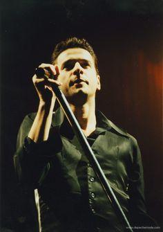 Dave - The Singles Tour 1998 - photo by M. Olexova