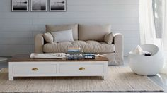 Springy Decorating Ideas for Living Rooms