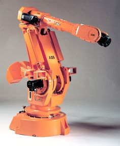 #TBT Flexibility and adaptability are features constantly called for by industrial robot users, and in 1991 ABB met these demands head-on with the heavy duty (150 kg capacity) IRB 6000 which was aimed primarily at spot welding and large component handling.