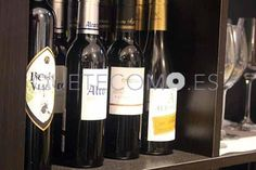 Variedad en Carta de vinos nacionales e intenacionales con denominación de origen | Restaurante vinoteca Raíces en Vigo