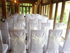 Vanilla organza chair bows et up for civil ceremony - Fuschia
