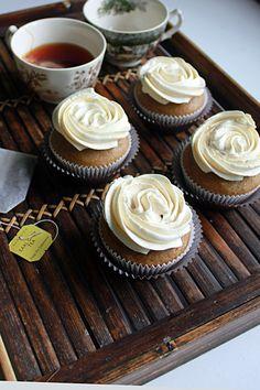 Earl grey tea cupcakes with earl grey buttercream
